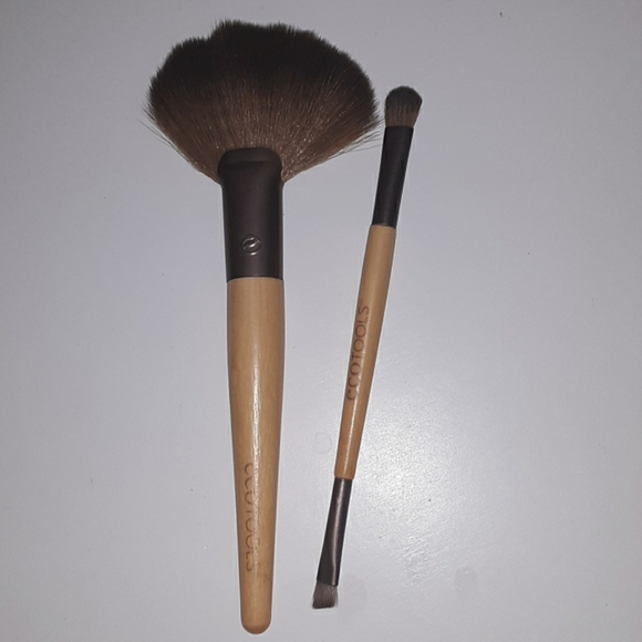 ecotools Other - 2 piece eco tools bamboo makeup brush collection